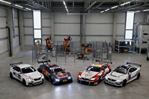 Фотография БМВ Стайлинг BMW M235i R, Red Bull M4 DTM, M6 GT3, M4 GT4 Авто