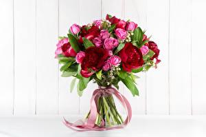 Фотография Букеты Розы Пионы Ленточка Цветы