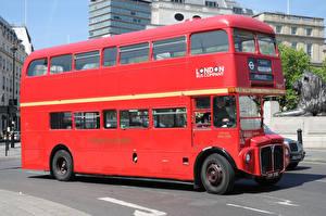 Обои Автобус Красный