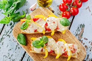 Картинка Бутерброды Томаты Овощи Разделочная доска 2