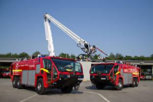 Фотография Пожарный автомобиль Вдвоем Красный Металлик 2010-17 Oshkosh Striker 3000