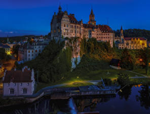 Обои Германия Замки Реки Ночь Скала Hohenzollern Castle Города картинки