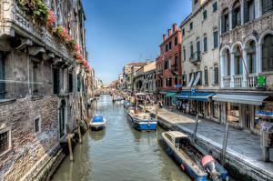 Фотография Италия Здания Причалы Лодки HDRI Венеция Водный канал Улица
