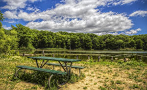 Картинки Озеро Лето Леса Берег Небо HDRI Скамья Облака