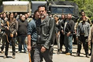 Фото Мужчины Ходячие мертвецы Джеффри Дин Морган Люди Куртка Season 7