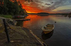 Картинка Швеция Побережье Рассветы и закаты Лодки Причалы