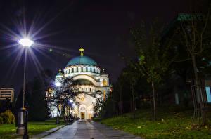Фото Храмы Церковь Сербия Ночные Уличные фонари Hram Svetog Save Belgrade Города