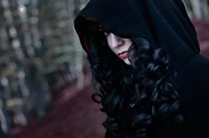 Фото The Witcher 3: Wild Hunt Брюнетка Волосы Капюшон Косплей Yennefer Девушки