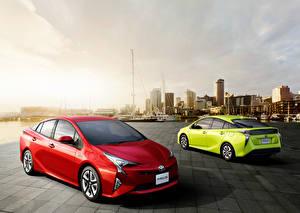 Обои Тойота 2 Гибридный автомобиль Prius Авто