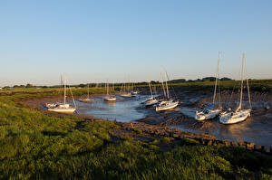 Фото Великобритания Побережье Парусные Яхта Трава Oldbury