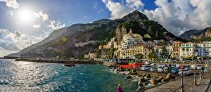 Фотографии Амальфи Италия Берег Здания Горы Камень Залив Города