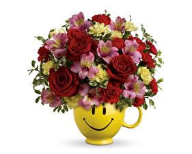 Фотография Букеты Смайлики Розы Альстрёмерия Белый земля Ваза Цветы