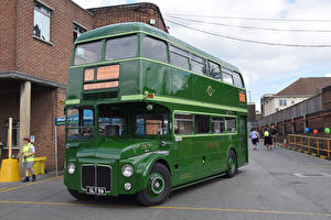 Фотографии Автобус Зеленый Металлик