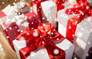 Обои Вблизи Бантик Подарки Коробка