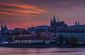Фотография Чехия Прага Замок Дома Речка Вечер Города