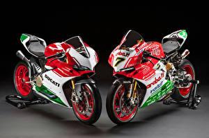Картинки Ducati 2 Panigale