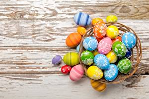 Фотография Пасха Яйца Разноцветные Доски
