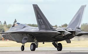 Картинка Самолеты Истребители Сзади Американские Lockheed F-22 Raptor Авиация