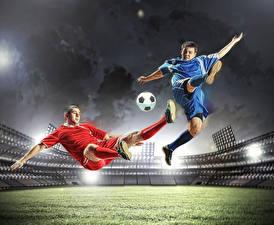 Обои Футбол Мужчины 2 Униформа Мяч Ноги Прыжок Стадион Бьет Спорт