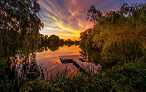 Фото Германия Гамбург Речка Рассветы и закаты Вечер Пирсы Природа