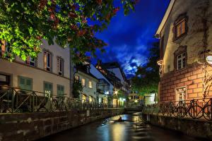 Фотография Германия Дома Вечер Водный канал Забор Freiburg Города