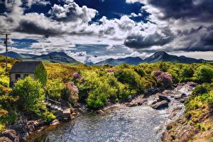 Обои Ирландия Речка Небо Здания Кусты Облака Dawros River Природа