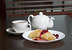 Фотография Чайник Блины Варенье Завтрак Чашка Тарелке Еда
