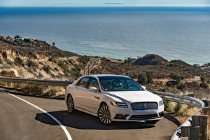 Картинка Lincoln Белых Металлик 2017 Continental машина
