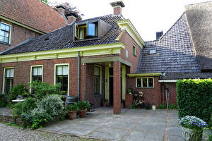 Фотография Нидерланды Здания Особняк Дизайн Кусты Zuidhorn Groningen Города