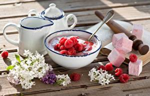 Фото Малина Сирень Доски Завтрак Маршмэллоу Кувшин Продукты питания