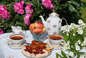 Обои Натюрморт Чайник Пионы Пирог Персики Чай Чашка Еда