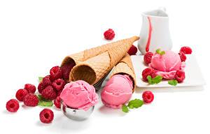 Фотографии Сладости Мороженое Малина Белый фон Шар Пища