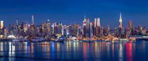 Картинки Штаты Речка Здания Небоскребы Нью-Йорк Ночные
