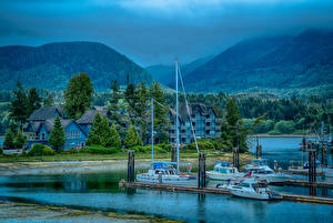 Фотографии Канада Здания Гора Пирсы Катера Ucluelet British Columbia Города