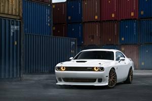 Фотография Dodge Тюнинг Белый William Stern, challenger, White Hellcat машины