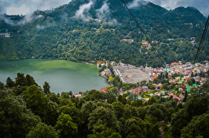 Обои для рабочего стола Индия Дома Озеро Лес Nainital Uttarakhand город