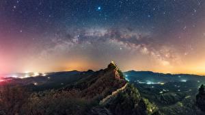 Картинки Горы Небо Звезды Великая Китайская стена Пейзаж