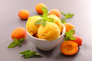 Фотографии Сладости Мороженое Абрикос Листва