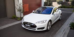 Фотографии Tesla Motors Белый Металлик 2016 Model S 70 Автомобили