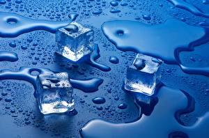 Фотография Вода Лед Капли Синий