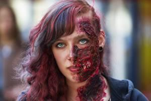 Фотография Зомби Взгляд Рыжая Лицо Девушки