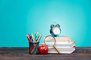 Обои Часы Яблоки Книга Карандаши