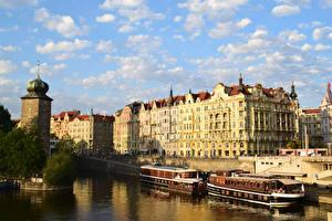 Фото Чехия Прага Дома Речка Причалы Речные суда Города
