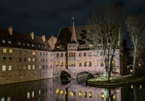 Картинки Нюрнберг Германия Дома Реки В ночи Города
