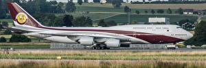 Картинки Пассажирские Самолеты Boeing Швейцария Цюрих 747