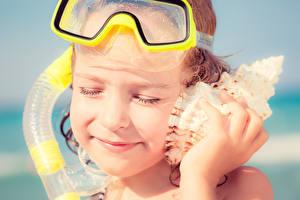 Фотография Ракушки Девочки Лицо Очки Ребёнок