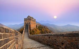 Фотография Великая Китайская стена Горы Утро Солнце Туман