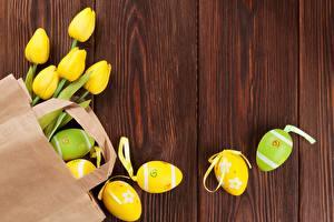 Картинка Тюльпаны Пасха Яйца Доски Цветы