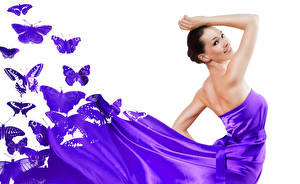 Обои Бабочки Белый фон Брюнетка Улыбка Платье Фиолетовый