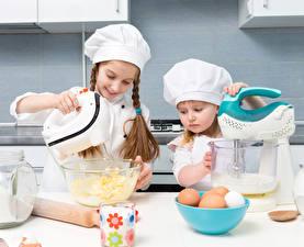 Обои Повар Девочки 2 Униформа Яйца Ребёнок